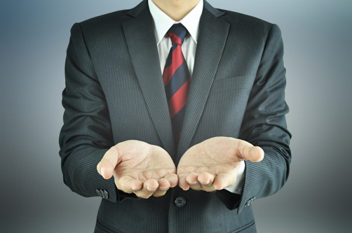 Should You Show Up to a Sales Meeting Empty-Handed?